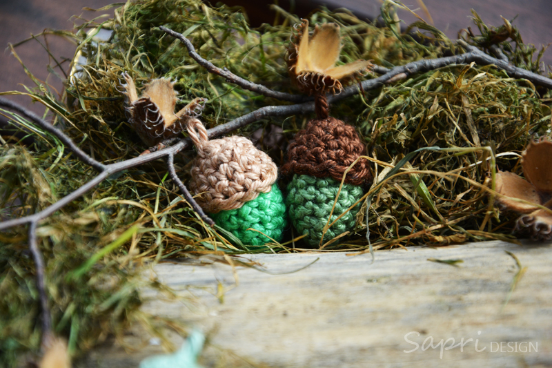 herbst-eicheln-winter-sapri-design-dawanda-gehäkelt-wolle-deko-herbstdekoration-dekoration-herbstdeko-21