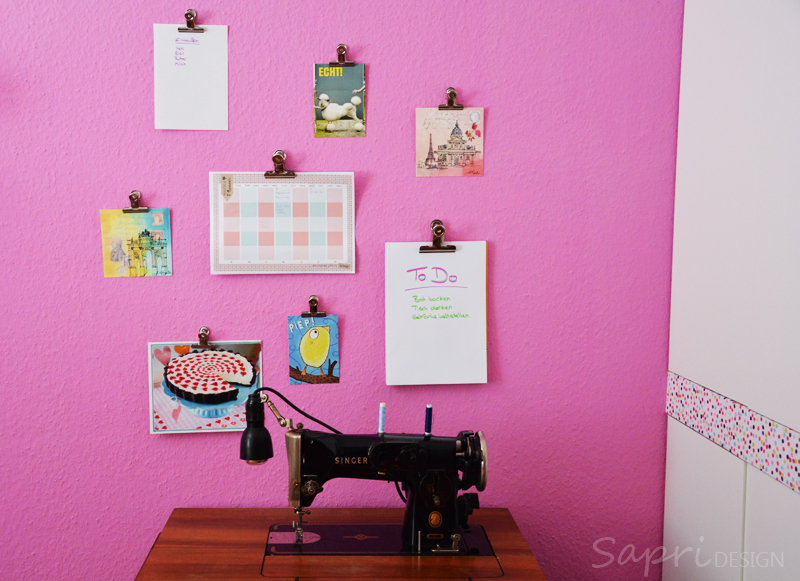 sapri-design-wanddeko-wand-deko-dekoration-klammern-maulklammern-postkarten-blogplan-notizblock-organisation-organization-workspace-lifehack-2