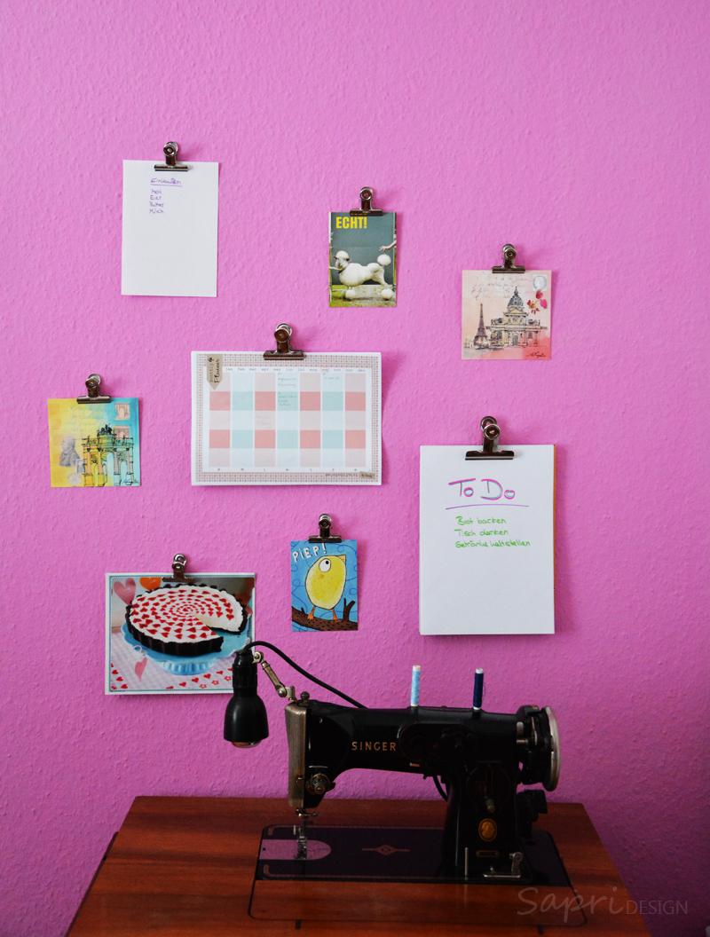 diy praktische wechsel wand deko mit maulklammern sapri design. Black Bedroom Furniture Sets. Home Design Ideas