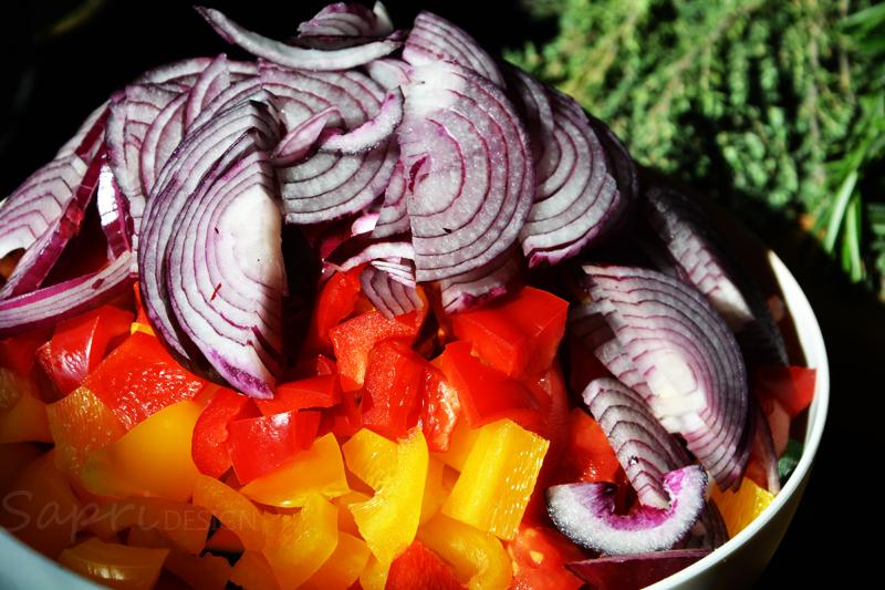 sapri-design-wochenend-rezept-ratatouille-ajvar-rosmarin-kartoffeln-grill-pfanne-rosmarin-thymian-knoblauch-paprika-aubergine-zucchini-