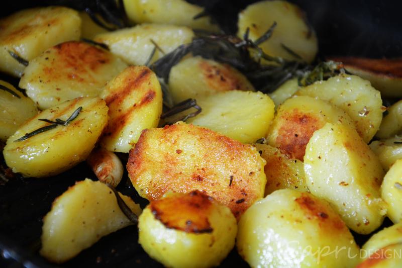 sapri-design-wochenend-rezept-ratatouille-ajvar-rosmarin-kartoffeln-grill-pfanne-rosmarin-thymian-knoblauch-paprika-aubergine-zucchini-7