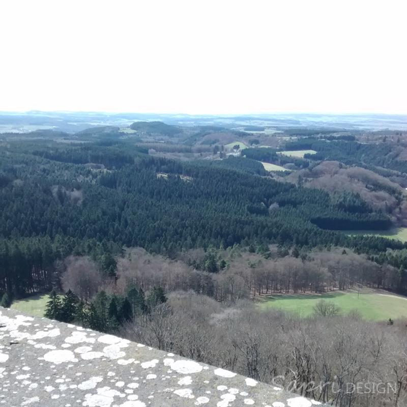 8-von-12-von-12-april-instagram-nürburg-eifel-burg-schloss-castle
