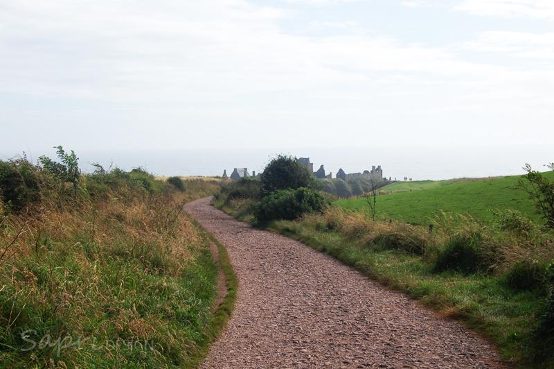 Dunnottar-Castle-schottland-scotland-reise-tipp-blog-sapri-design-roadtrip-burgen-schlösser-ruine-2