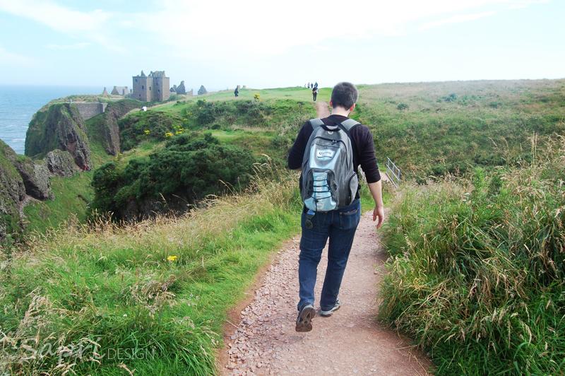 Dunnottar-Castle-schottland-scotland-reise-tipp-blog-sapri-design-roadtrip-burgen-schlösser-ruine-ausblick-strand-castle-ruin-25