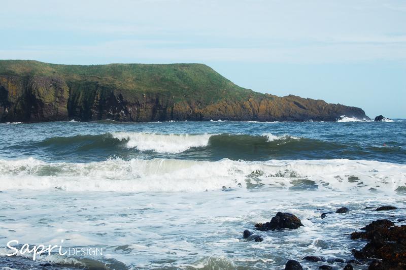 Dunnottar-Castle-schottland-scotland-reise-tipp-blog-sapri-design-roadtrip-burgen-schlösser-ruine-ausblick-strand-castle-ruin-3