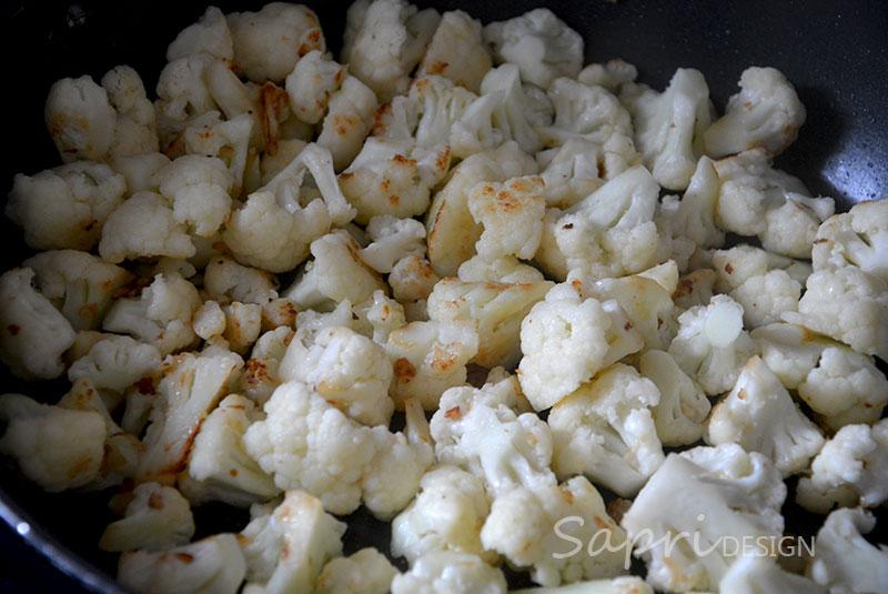 sapri-design-wochenend-rezept-kochen-blumenkohl-mac-and-cheese-gratin-käse-überbacken